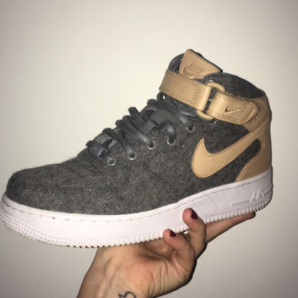le scarpe nike air force one metà poshmark
